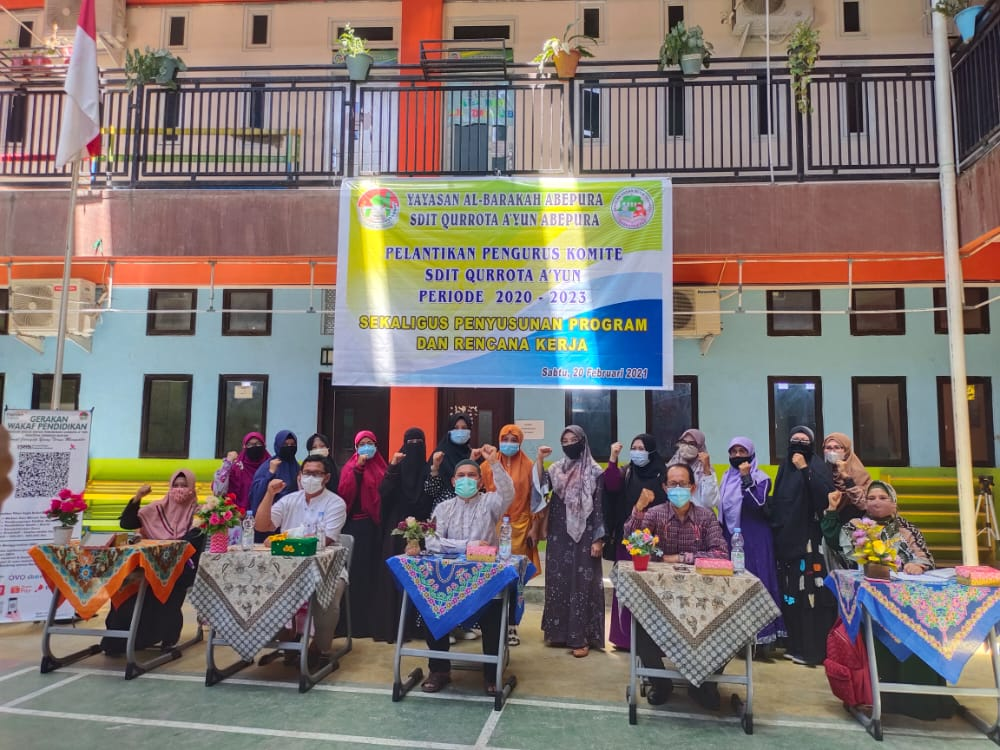 Pelantikan dan RAKER Komite Sekolah Dasar Islam Terpadu Qurrota A'yun Abepura
